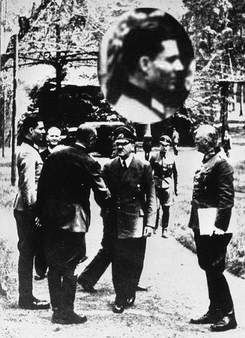 435px-Bundesarchiv_Bild_146-1984-079-02,_Führerhauptquartier,_Stauffenberg,_Hitler,_Keitel---Stauffenberg